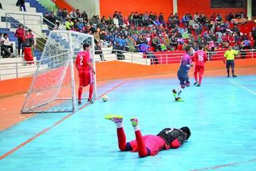 Potosí debuta con goleada en el nacional de la Dimafusa