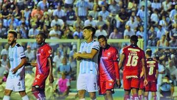Nacional y Atlético Tucumán se juegan su última opción en la Copa