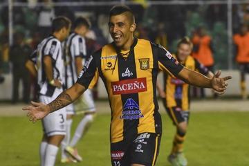El Tigre avanza de fase con goleada a Wanderers