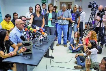 El Papa plantea una reunión entre Gobierno y oposición venezolana