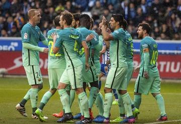 Barcelona golea 6-0 a Alavés