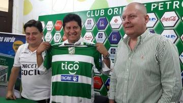 Oriente cesa al DT Gutiérrez y contrata a Villegas