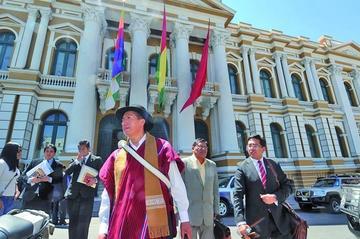 Suspenden otra vez el juicio contra Gualberto Cusi