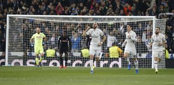 Real Madrid vence a Nápoles