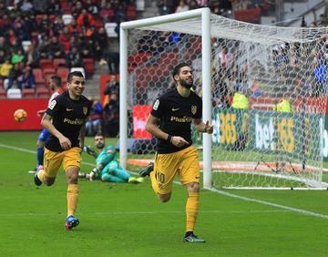 Gameiro le da el triunfo a Atlético