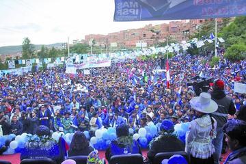 Potosí vive dos movilizaciones en el aniversario del referendo