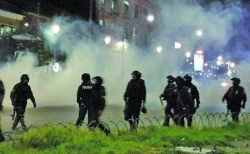 Enfrentamientos entre Policía y cocaleros deja casi 40 aprehendidos