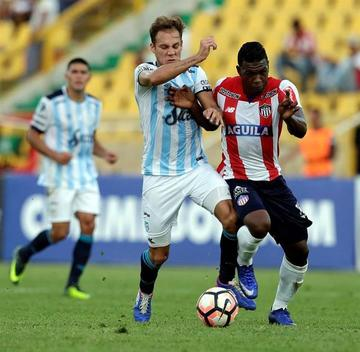 Atlético Tucumán golea a Junior