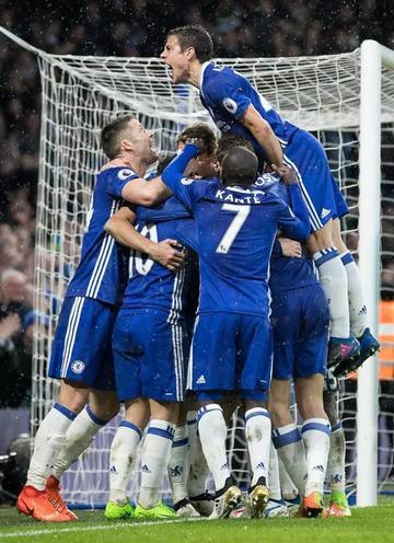 Chelsea logra un triunfo de 3-1 sobre Swansea
