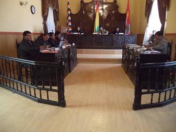 El Concejo presupuesta 1.466.000 Bolivanos para contratar asesores