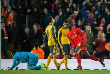 Liverpool vence 3-1 a Arsenal