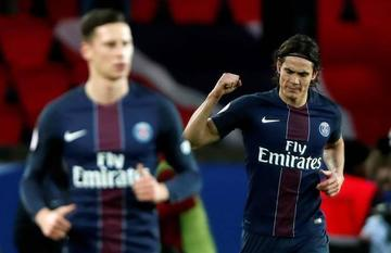Cavani le da el triunfo a Paris Saint-Germain