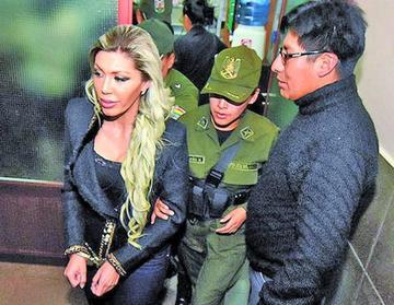 Inicia el juicio oral de Gabriela Zapata y otras cuatro personas