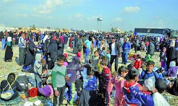 Los yihadistas se infiltran entre desplazados para huir de Mosul