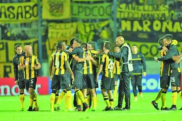 Peñarol consigue ganarle a Tucumán