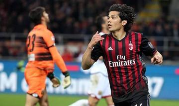 Milan vence a Génova con gol de Mati Fernández