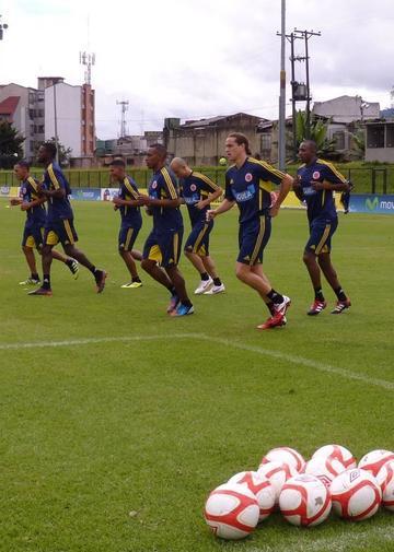 Colombia inicia su trabajo con diez jugadores