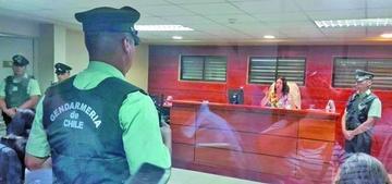Juzgado chileno determina que los 9 bolivianos sigan detenidos