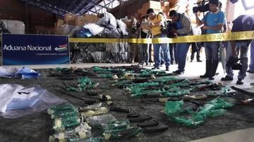 Felcn incauta en Santa Cruz armamento que pasó por cinco países