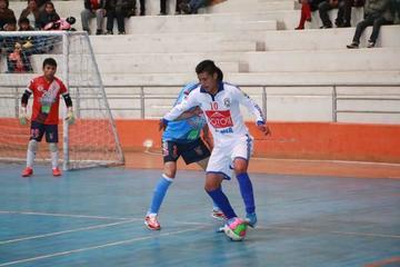 Walter Ruiz es convocado a la selección nacional