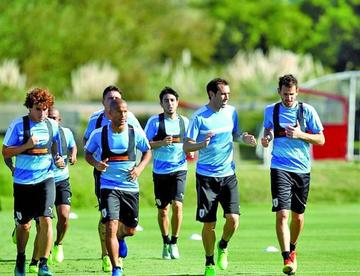 Uruguay recibe hoy a Brasil