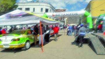 Más de 70 pilotos nacionales correrán hoy en Betanzos