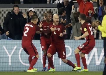 EE.UU. golea 6-0 a Honduras