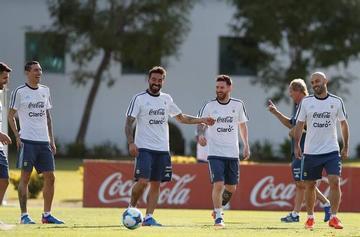 Argentina prepara el duelo ante Bolivia