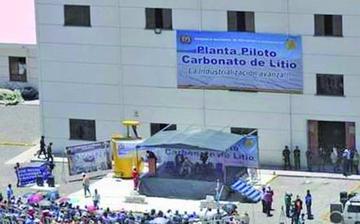 Transporte trae productos en beneficio de los chilenos