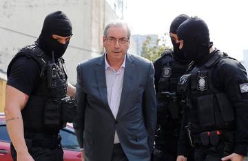 Condenan a 15 años de prisión al impulsor del juicio a Rousseff