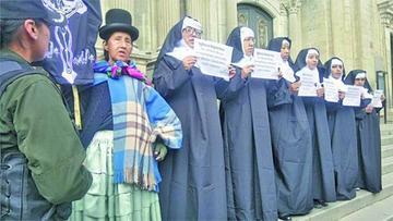 Mujeres Creando solicitan la despenalización del aborto
