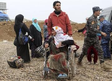 Irak abre corredores para que civiles puedan huir de Mosul