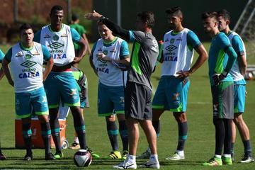 Chapecoense recibe a Nacional en la ida de la Recopa Sudamericana
