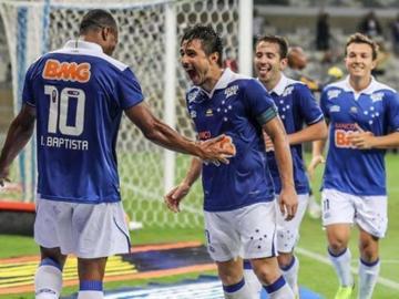 Cruzeiro busca un triunfo en casa