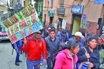 Maestros urbanos alistan otras medidas tras el paro de 48 horas