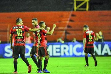Sport de Recife golea 3-0 a Danubio de Uruguay