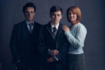 La obra de teatro de Harry Potter recibe premios Oliver