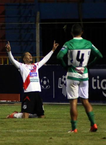 Nacional cierra sus festejos con un triunfo