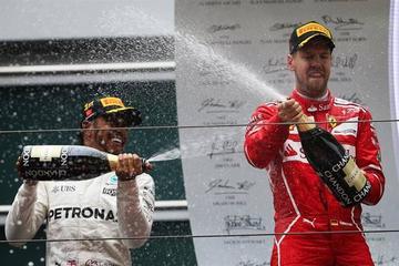 Hamilton gana por quinta vez el Gran Premio de China