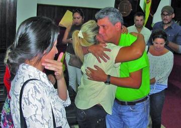 Tras 27 días de encarcelamiento determinan la libertad de Suárez