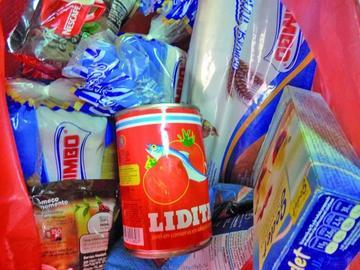 Sedes efectúa el control de alimentos en los mercados