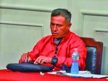 Dictan detención domiciliaria para excomandante por el caso Illanes