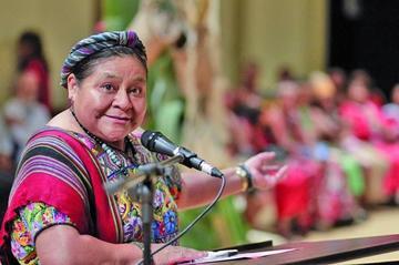 Menchú pide a la CIDH atender el caso de los 9 bolivianos detenidos