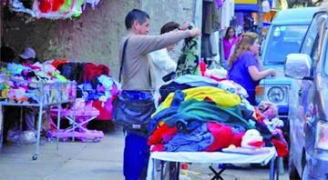Comerciantes de ropa usada marcharán en todo el país este lunes 24