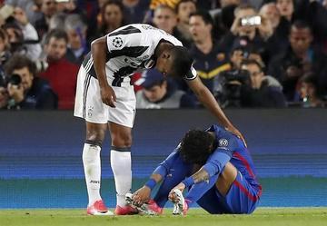 Juventus empata y elimina al Barza