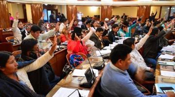 Diputados oficialistas aprueban reforma para las elecciones judiciales