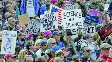 Miles de científicos de EE.UU. alzan la voz contra los recortes de Trump