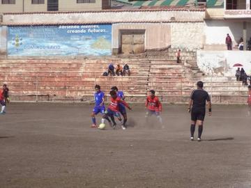 Wilstermann Cooperativas golea 3-0 a Universitario en el torneo de la AFP