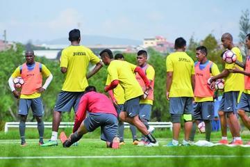 Wilstermann quiere dar un paso a  la otra fase de la Libertadores