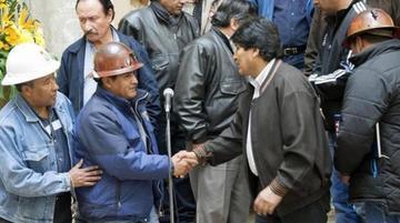 Evo Morales y la COB definen el porcentaje del incremento salarial